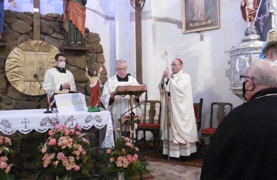 Wizytacja kanoniczna w kalwaryjskiej Parafii – Foto: 22.04.2021 cz. 2